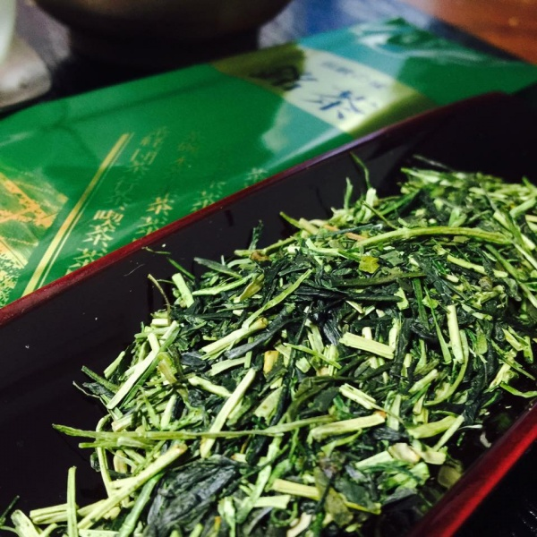 стебельковый чай кариганэ