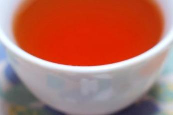Чёрный японский чай вакоча