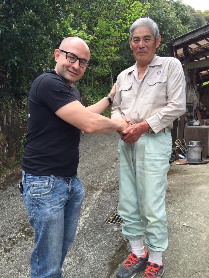 тоса банча чайный фермер из Кочи